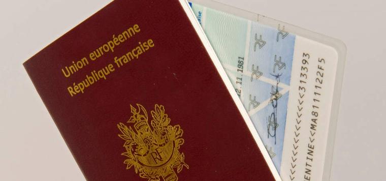 Carte Passeport.Carte D Identite Et Passeport Ville Du Pradet